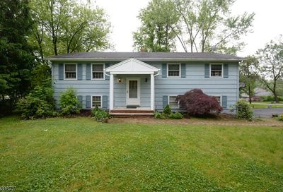 9 Lord Stirling Dr Parsippany-Troy Hills Twp. NJ 07054-4301