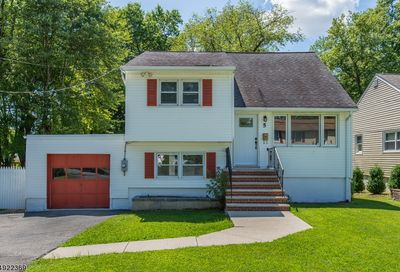 5 Glenwood Ave Parsippany-Troy Hills Twp. NJ 07034-1001