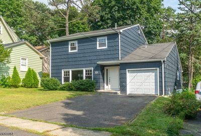 30 Highland Ave Maplewood Twp. NJ 07040-1844