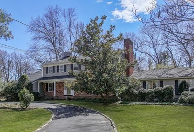 10 Heritage Ln Scotch Plains Twp. NJ 07076-2420
