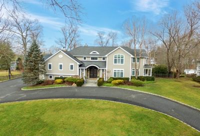 20 Canterbury Rd Livingston Twp. NJ 07039-5104