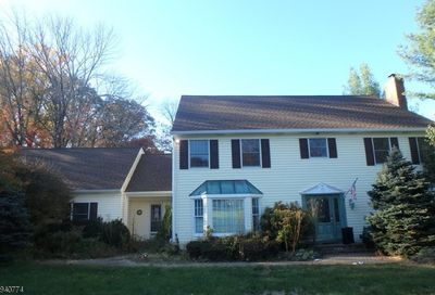 7 Chester Brook Rd Chester Twp. NJ 07930-2016
