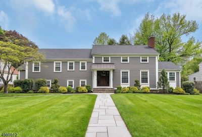 945 New England Dr Westfield Town NJ 07090-3511
