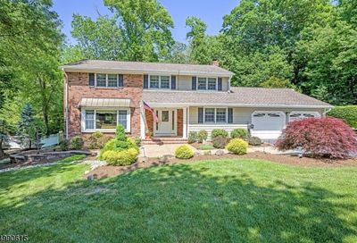 44 Rutherford Rd Berkeley Heights Twp. NJ 07922-2014