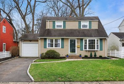 392 Park View Dr Scotch Plains Twp. NJ 07076-1355