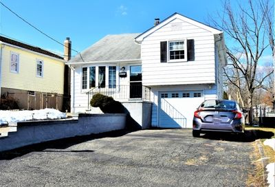 18 Iroquois Ave Parsippany-Troy Hills Twp. NJ 07034-2306