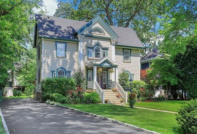 115 Forest Ave Cranford Twp. NJ 07016-2413