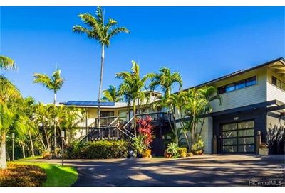 581 Stable Road Paia HI 96779