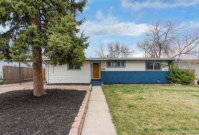 2683 Meadowbrook Drive Denver CO 80221