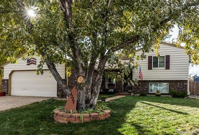4534 Davenport Way Denver CO 80239
