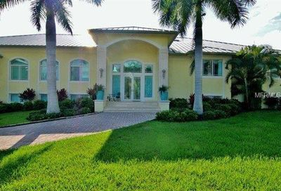 10 Spyglass Alley Placida FL 33946