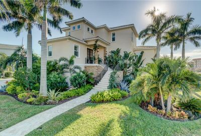 101 Forest Hills Drive Redington Shores FL 33708