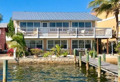 504 Bay Drive S Bradenton Beach FL 34217