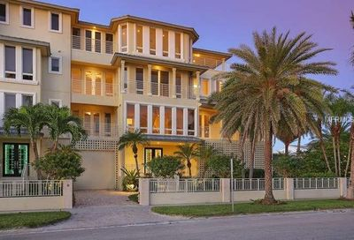 67 Avenida Messina Sarasota FL 34242