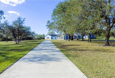 3905 Mammoth Grove Lake Wales FL 33898