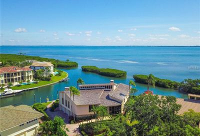 561 Harbor Cove Circle Longboat Key FL 34228