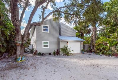 7134 Point Of Rocks Road Sarasota FL 34242
