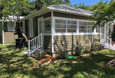 1102 17th Street W Bradenton FL 34205