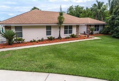 2813 Country Club Road N Winter Haven FL 33881