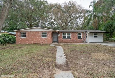 305 Lake Drive Brandon FL 33510
