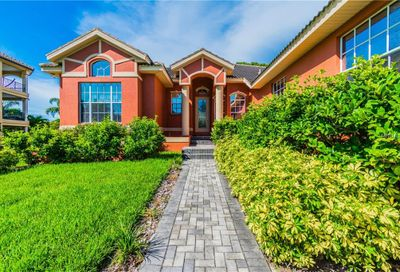 5901 Pelican Bay Plaza S Gulfport FL 33707