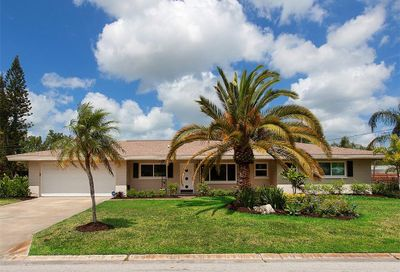 2120 Tuttle Terrace Sarasota FL 34239