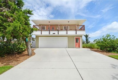 827 Flounder Avenue New Smyrna Beach FL 32169
