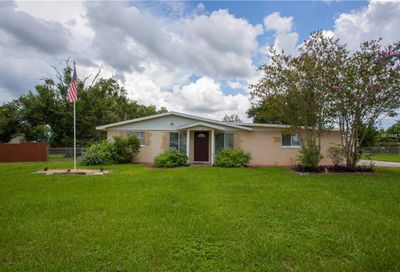 305 5th St S Dundee FL 33838