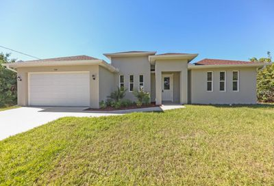 2105 Florala Street North Port FL 34287
