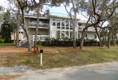 700 Seaview Drive Crystal Beach FL 34681