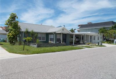 142 Beach Avenue Redington Shores FL 33708