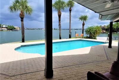 5960 Bahama Way N St Pete Beach FL 33706