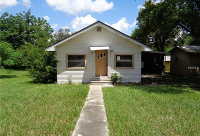 320 Weaver Avenue Lake Wales FL 33853