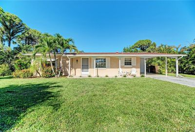 832 Cincy Street Venice FL 34285