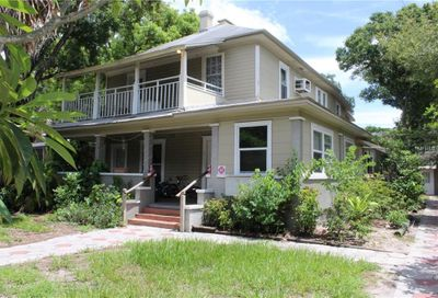 527 8th Street N St Petersburg FL 33701