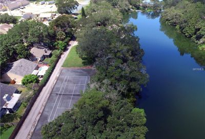 980 Lake Cove Trail Lakeland FL 33813