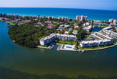 555 Sutton Place Longboat Key FL 34228