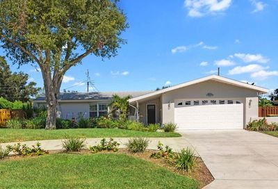 2221 Indian Avenue S Belleair Bluffs FL 33770