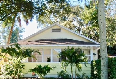 1742 9th Street Sarasota FL 34236