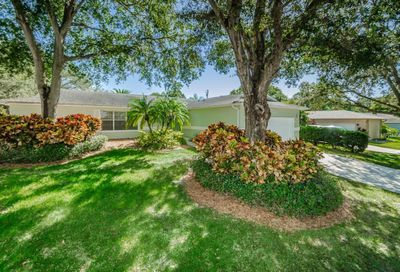 2413 Country Trails Drive Safety Harbor FL 34695
