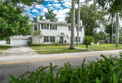 319 26th Street W Bradenton FL 34205