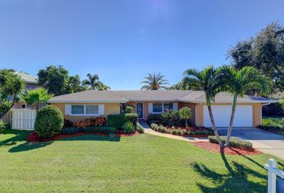 611 Barry Place Indian Rocks Beach FL 33785