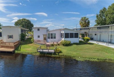 4976 Shore Line Drive Polk City FL 33868