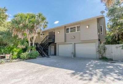 6113 Gnarled Oak Lane Englewood FL 34223