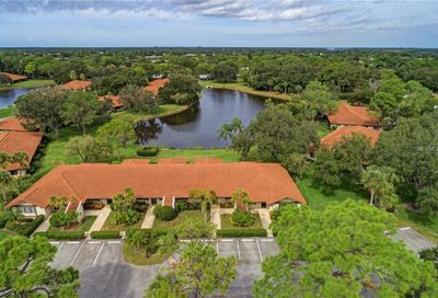 5635 Golf Pointe Drive Sarasota FL 34243