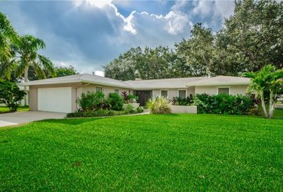 2207 Willowbrook Drive Clearwater FL 33764