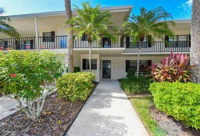 7050 Fairway Bend Lane Sarasota FL 34243