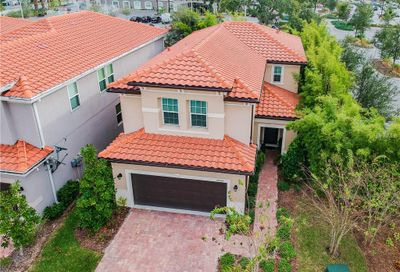 10132 Grand Oak Circle Madeira Beach FL 33708