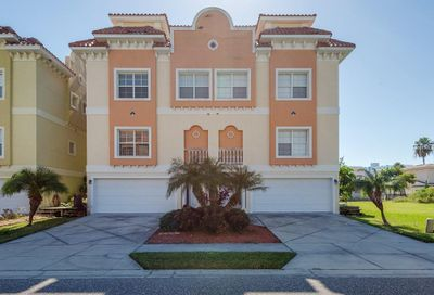 141/143 175th Avenue E Redington Shores FL 33708