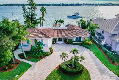 107 Windward Island Clearwater Beach FL 33767